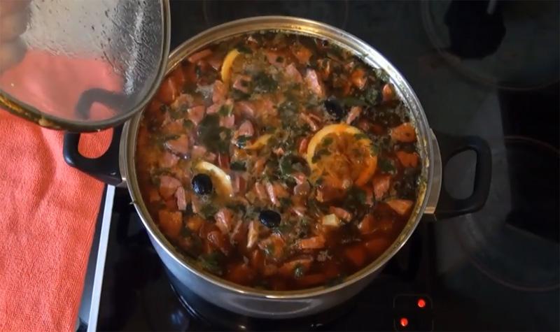 Сборная мясная солянка классическая – 10 пошаговых рецептов с фото