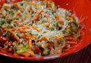 Салат с фунчозой и овощами. Как приготовить салат из фунчозы