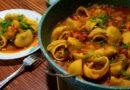 Конкильони (ракушки) с фаршем в томатном соусе